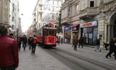 İstiklal'de çalışmalar bitti, cadde canlandı