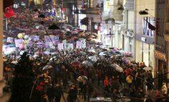 İstiklal'de 8 Mart Şerefine Kadınlardan Yürüyüş