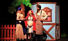 ETİ Çocuk Tiyatrosu ilk özgün tiyatro oyunu Mutluluk Denince Akla'yı çocuklar ile buluşturuyor