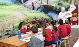 QNB Finansbank Tales Matematik Müzesi Gezici TIR'ı İstanbullu çocuklarla buluşuyor