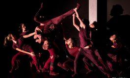 Akbank Sanat'tan izleyicisini içine çeken Dans Gösterisi: Dislokasyon