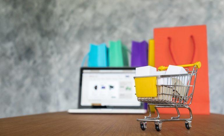 Online ikinci el pazarında en az jean ve ceket satılıyor