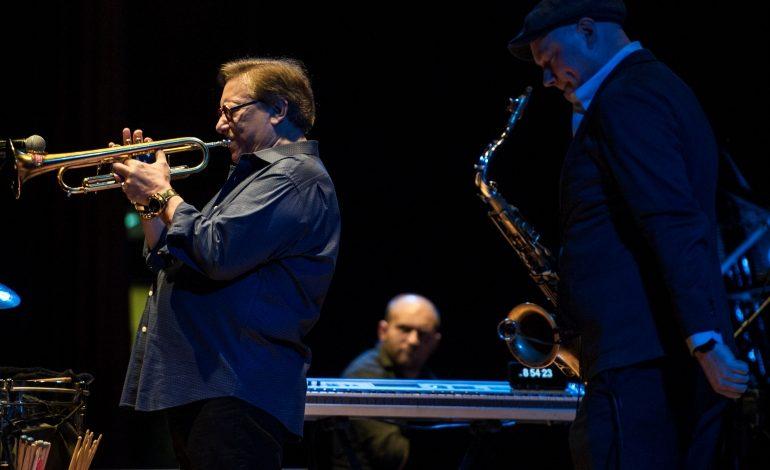 Caz müziğinin efsane ismi Arturo Sandoval İş Sanat sahnesinden geçti!