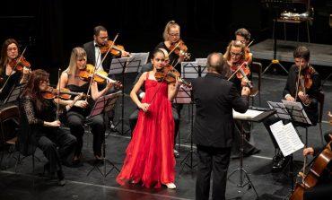 """""""Dünya Sahnelerinde Genç Müzisyenler""""den Naz İrem Türkmen, Uluslararası Grumiaux Keman Yarışması'nda Birinci Oldu"""