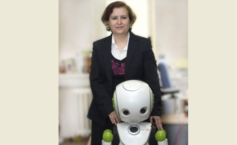 Bilim insanı Hatice Köse ile İnsan-Robot Etkileşimi Atölyesi