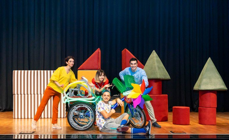 """Pınar Çocuk Tiyatrosu'ndan """"Oyun Makinesi"""""""