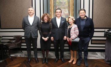 """Şehrin Gözde Sanat Buluşması Etkinliği """"Conrad Talks"""" Nisan ayında Türkiye'nin En İddialı Koleksiyonerlerini Ağırladı"""