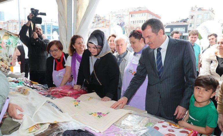 Zeytinburnu Kent Konseyi Kadın Meclisi Kermesi Açıldı