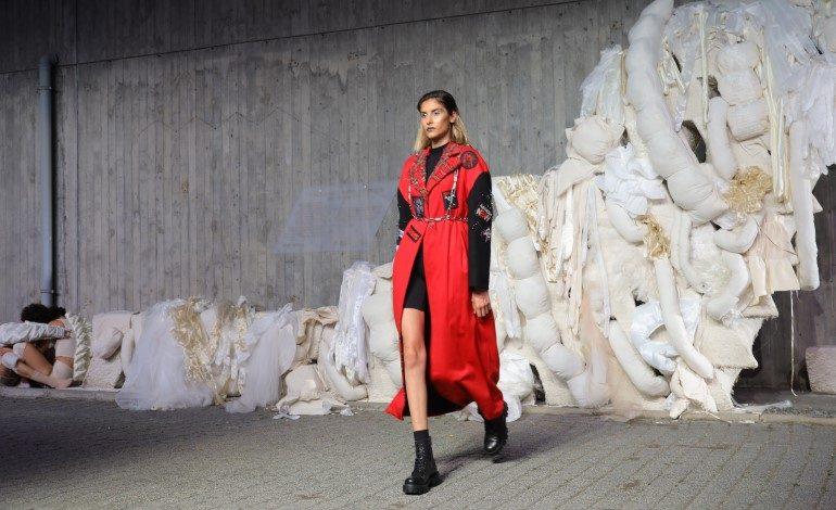 BİLGİ Fashion Show nefes kesti