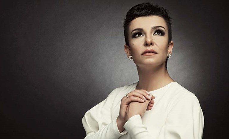 """Yapı Kredi bomontiada """"World Akustik"""" sahnesi 14 Ekim'de Fatma Turgut'u ağırlıyor"""