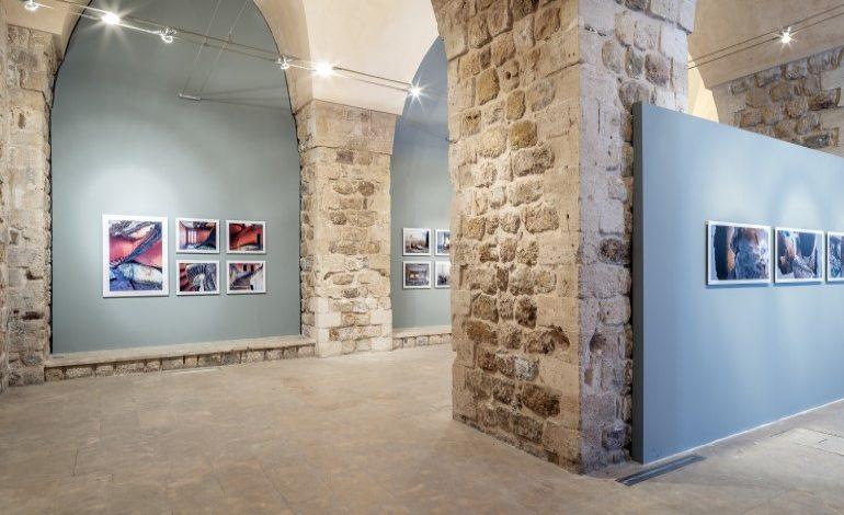 """Sakıp Sabancı Mardin Kent Müzesi'nde devam eden """"Belgeden Kurguya, Atölyeden Müzeye – Mardin'den Fotoğraflar"""" sergisi 29 Aralık tarihine kadar uzatıldı"""