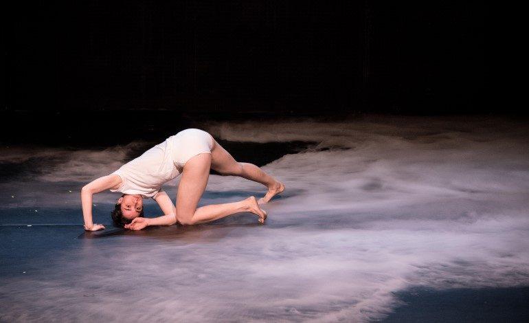 """""""Bir Şey"""" 23. İKSV Tiyatro Festivali'nde"""