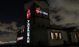 Coca-Cola Energy'yi Haliç Tersanesi'nde gerçekleştirdiği parti ile tanıttı