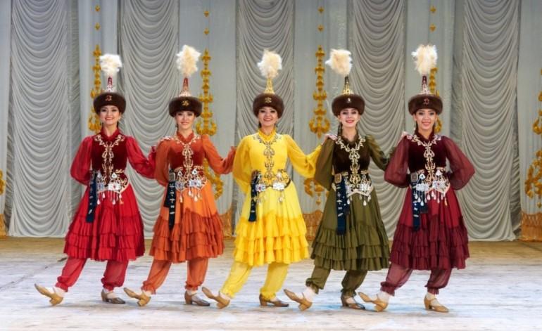 CRR'de Kazakistan'ın Bağımsızlığına Özel Sanat Gösterisi