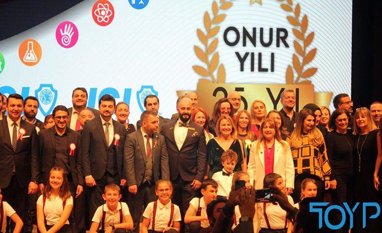'Türkiye'nin En Başarılı 10 Genci' Açıklandı