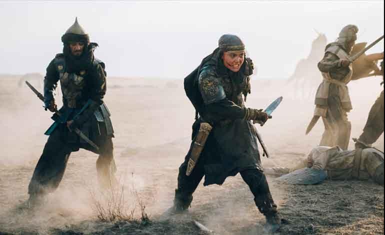 Ok attı, kılıç kuşandı: İmparatorlukları Dize Getiren Kadın TOMRİS