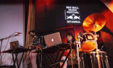 Red Bull Sunar: Evde Çal'da çıkan Gaye Su Akyol ile Ali Güçlü Şimşek söyledi binler eşlik etti