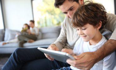 Ebeveyn öğretmen rolüne girmeli
