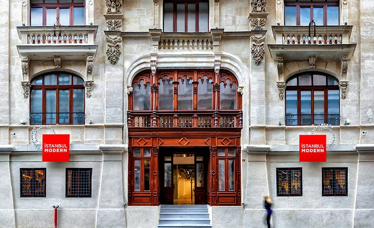 İstanbul Modern kapılarını yeniden açıyor