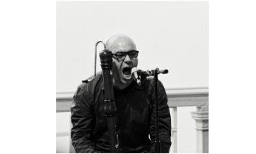 """Alper Meral ile Çevrimiçi Yorumlama Etkinliği: """"Bergama Stereotip"""" Kapsamında """"Deneysellikten Kurumsallaşmaya Türkiye'de Duysal Tasarım"""" 26 Kasım'da Arter'de!"""