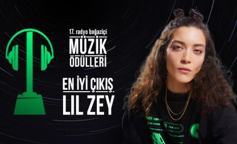 """Lil Zey, Radyo Boğaziçi Müzik Ödülleri'nde """"En İyi Çıkış"""" Ödülünün Sahibi Oldu!"""