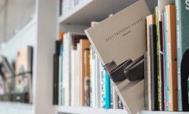 """Alev Ebüzziya Siesbye'nin Arter'deki """"Tekerrür"""" Başlıklı Sergisinin Kitabı Yayımlandı!"""