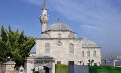 Şemsi Paşa Camii'nin denizle ilişkisini koparan, 2015 tarihli proje iptal edildi