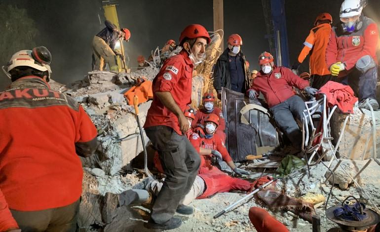 AKUT, olası İstanbul Depremi'ni gündeme taşımaya devam ediyor