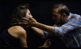 """Versus Tiyatro & Zorlu PSM ortak yapımı yepyeni bir oyun: """"Evlilikten Sahneler"""""""