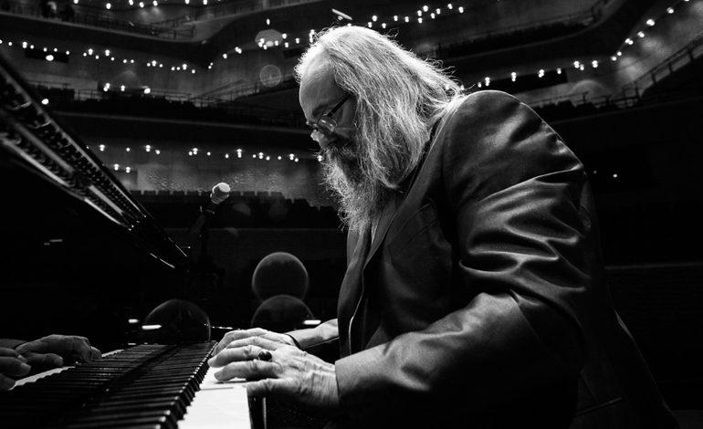 Efsanevi kompozitör ve piyanist Lubomyr Melnyk, 16 Ekim'de Zorlu PSM'de