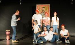 Nazım Hikmet'in Hayatı ve Eserlerini Konu Alan Tiyatro Oyunu Mersin'de Sahnelendi